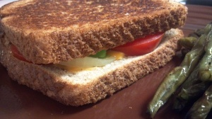 avocado tomato grilled cheese
