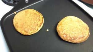 vegan pumpkin pancakes 4