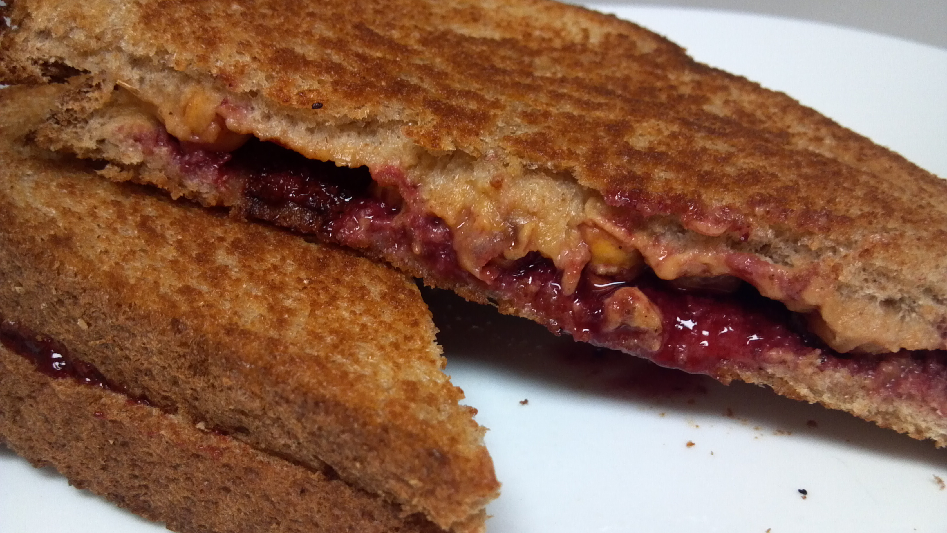 Sweet and Savory Grilled Peanut Butter and Jelly Sandwich - Clean ...