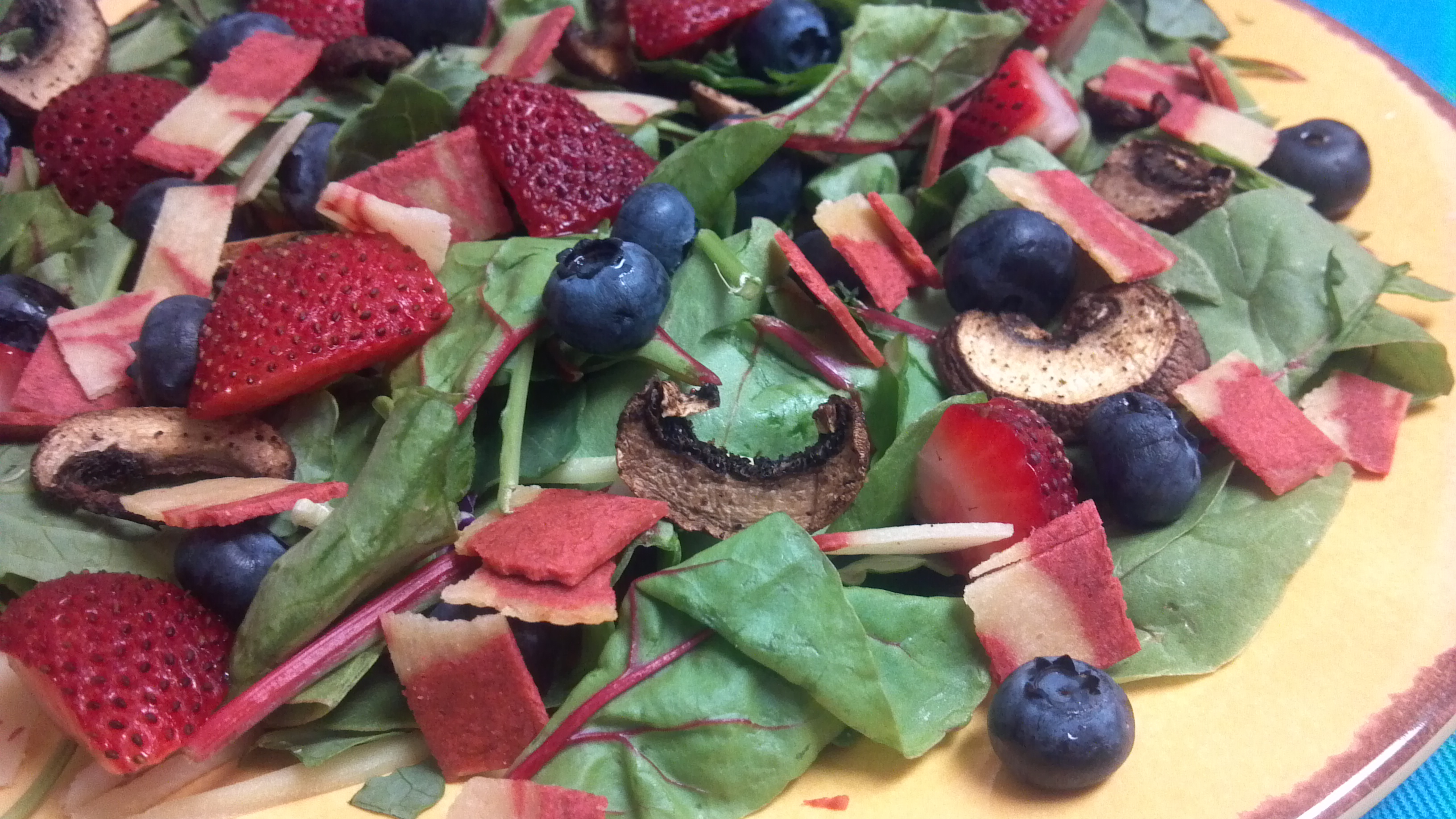 """Summer Berry and """"Bacon"""" Salad - Clean Eating Veggie Girl"""