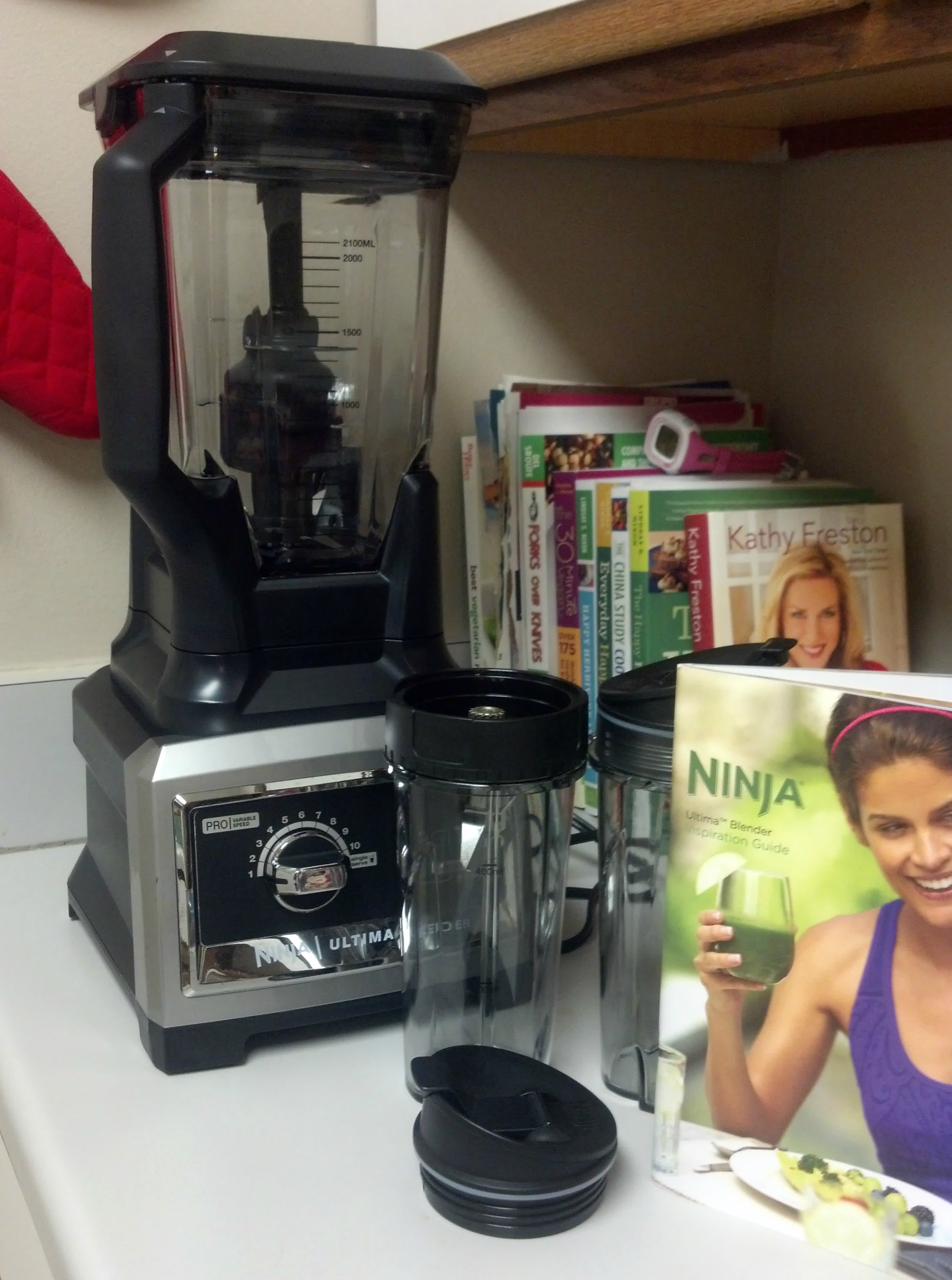 the ninja ultima blender {review} + green monster smoothie and